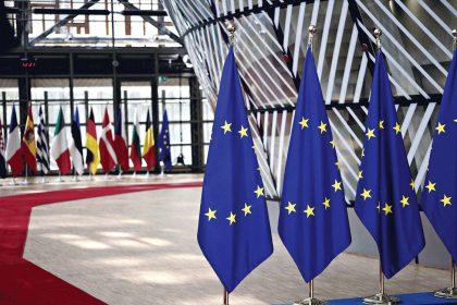 Ανεπαρκής η ανταπόκριση της Ε.Ε στην κρίση δημόσιας υγείας