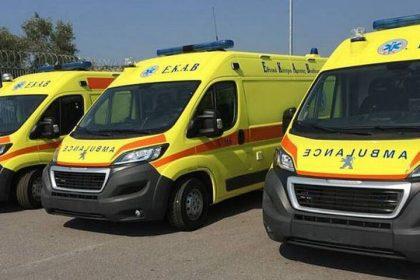 Ενισχύονται οι Περιφέρειες με 30 ασθενοφόρα ΕΚΑΒ