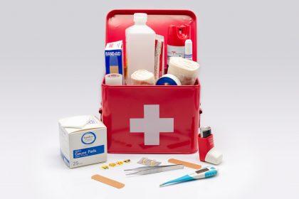 Οργανώστε σωστά το φαρμακείο των διακοπών σας