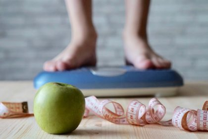 Πώς ο τρόπος που σκεφτόμαστε επηρεάζει το βάρος μας