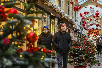 γενική απαγόρευση Χριστούγεννα άδειοι δρόμοι