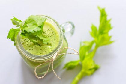 αποτοξίνωση χυμός λαχανικά πράσσινο