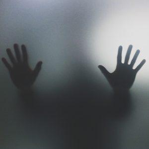 παράνοια χέρια τοίχος