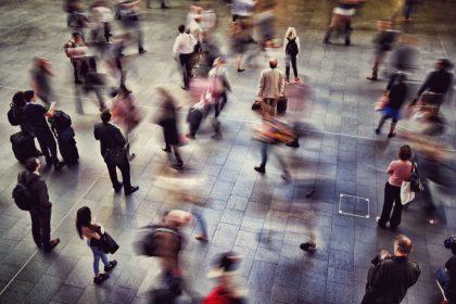 Η διάχυση της ευθύνης και η ψυχολογία του πλήθους