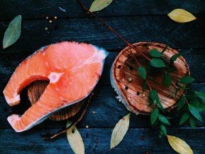 φυσικά αντικαταθλιπτικά βότανα σολωμός ψάρι ω3 λιπαρά οξέα