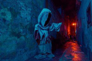 εφιάλτες σκοτεινό δρομάκι με άγαλμα