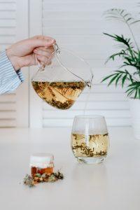 φούσκωμα βότανα μπαχαρικά τσάι με βότανα