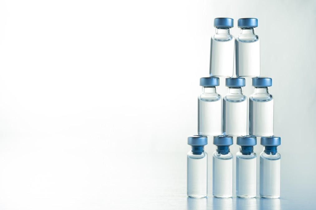 Μπουκαλάκια εμβολίου covid-19