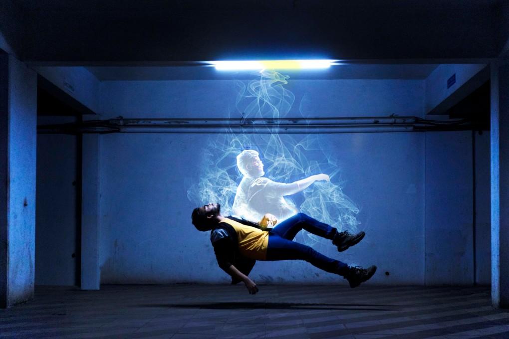 Άνδρας βγαίνει από το σώμα του και πραγματοποιεί αστρικό ταξίδι
