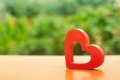 γυναικείος οργασμός ξύλινη καρδιά
