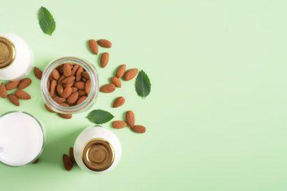 οστεοπόρωση διατροφή γαλακτοκομικά και αμύγδαλα