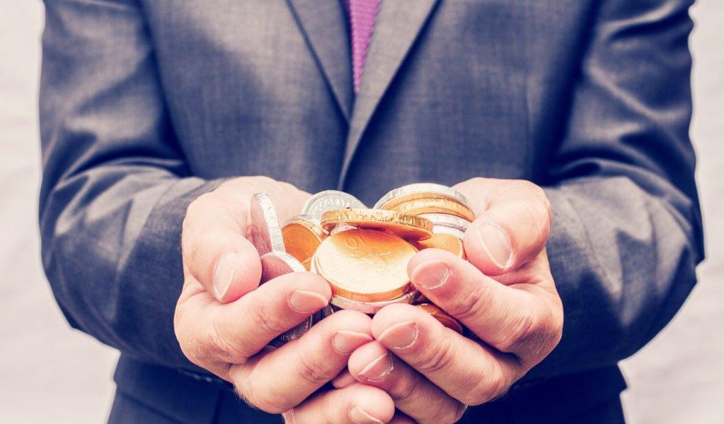 εισόδημα αυτοπεποίθηση λεφτά και χρυσά κέρματα