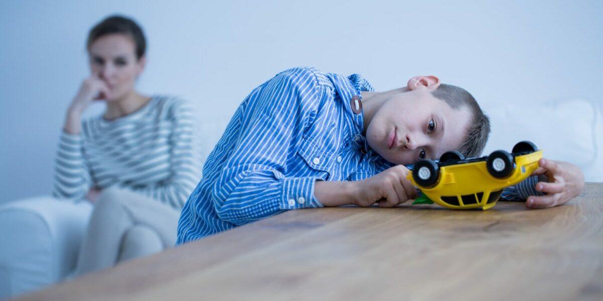 Αυτισμός και ύπνος: Οι δυσκολίες των γονιών