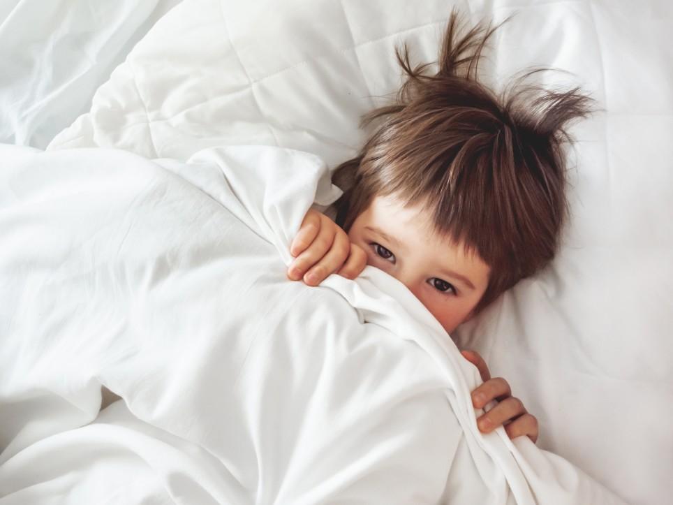 Παιδί με αυτισμό δυσκολεύεται στον ύπνο