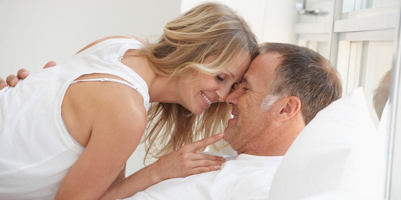 Ζευγάρι άνω των 50 στο σεξ