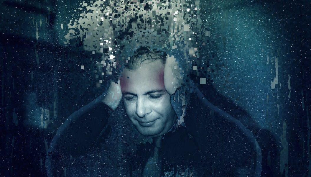 υπερανάλυση άγχος άνδρας πιάνει το κεφάλι του που βασανίζεται από τις σκέψεις