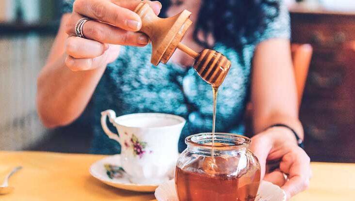 Τσάι με μέλι
