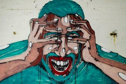 Οι αυτιστικοί άνθρωποι δυσκολεύονται να αντιληφθούν τον θυμό