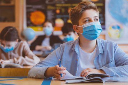 πανδημία και μαθητές