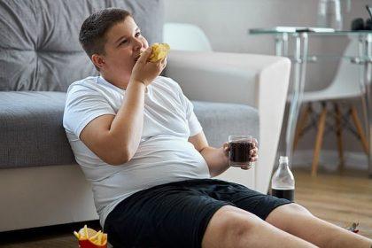 Παχύσαρκος έφηβος