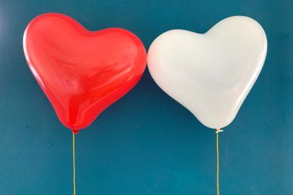 η «κακή»χοληστερίνη LDL έχει σωρευτική αρνητική επίπτωση στην καρδιά, οδηγώντας σε στεφανιαία νόσο και σκλήρυνση των αρτηριών, βασική αιτία θανάτου διεθνώς.