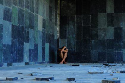 παρατηρήθηκε επιδείνωση της ψυχικής υγείας με αύξηση (διπλασιασμό) των ποσοστών κατάθλιψης στην ελλαδα